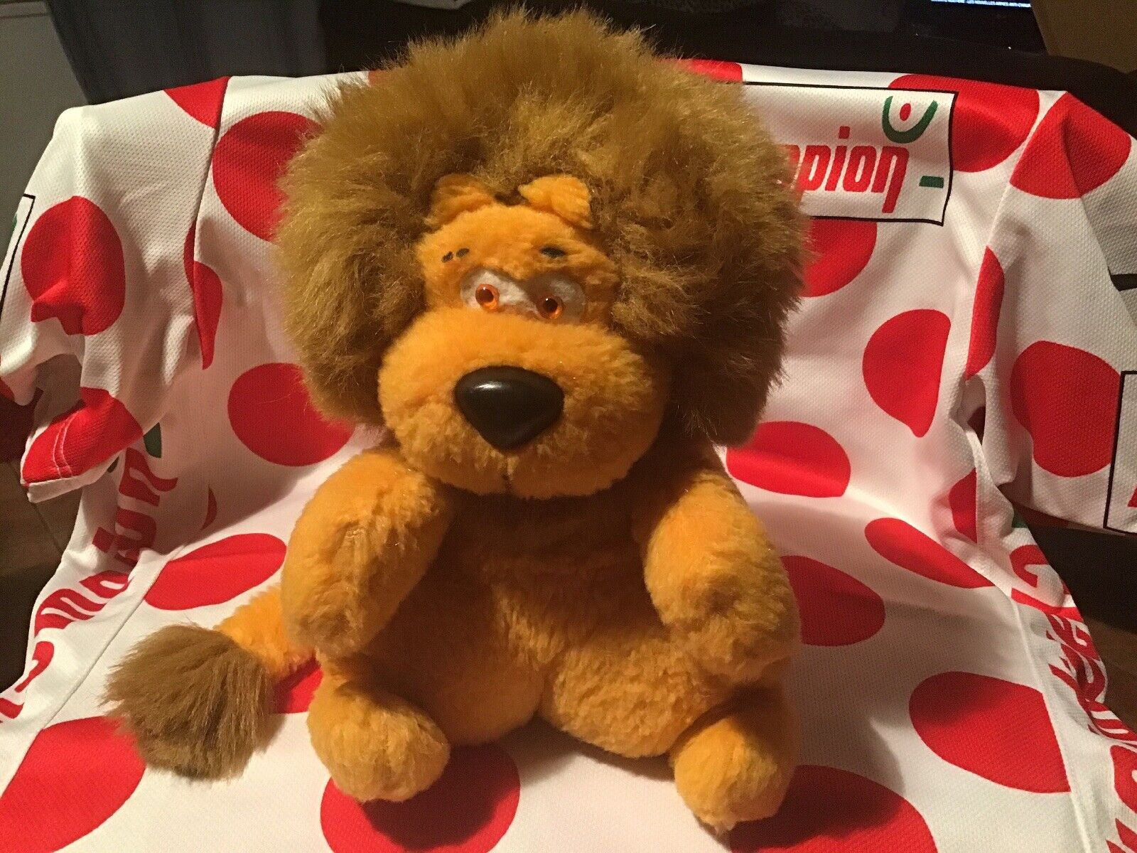 Plush lion lcl tour de france