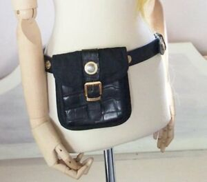 e6fd24d8f5ca Authentic GIANNI VERSACE Leather Belt Bag Gold Medusa Head Black Vtg ...
