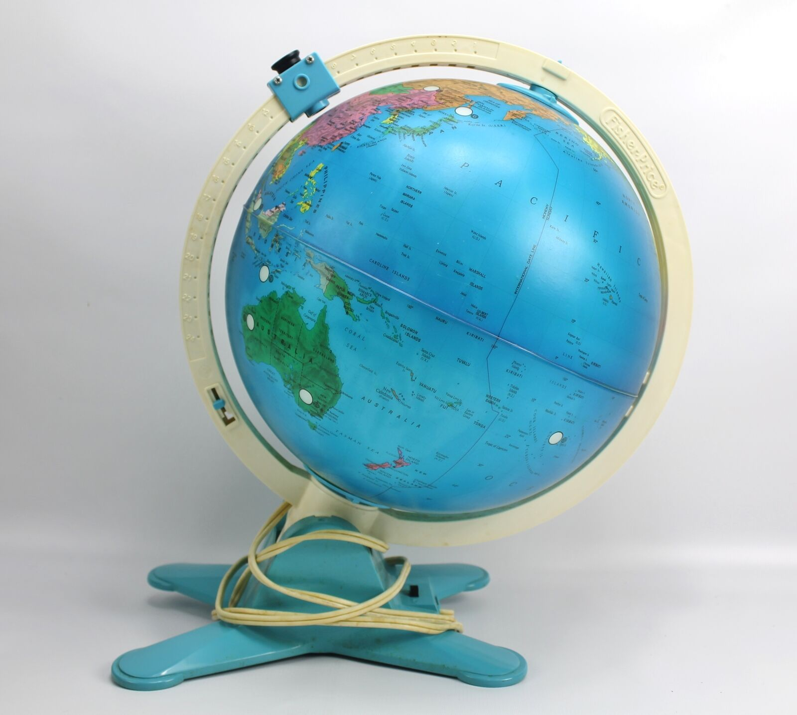 Vintage Fisher Price Discovery Light Up Globe with View Finder