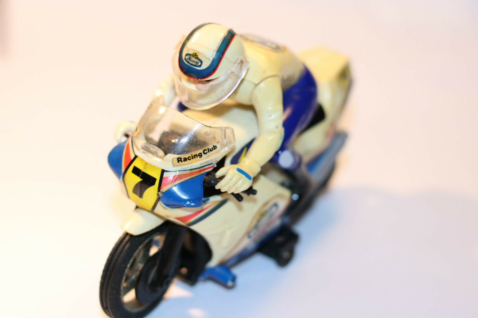 RARE VINTAGE BATTERY OPERATED MOTORCYCLE MOTORBIKE TOY (RC RACING CLUB)