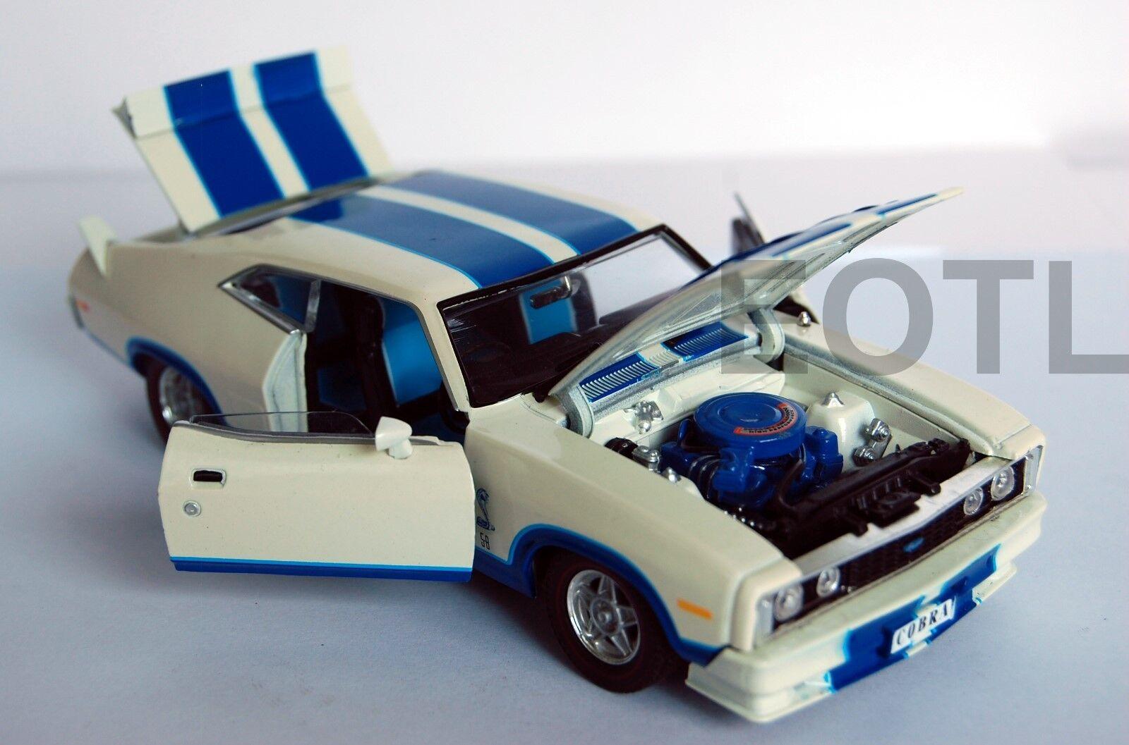 OzLegends Ford Falcon XC Cobra option 96 med blå Seats 1 32 begränsad Edition