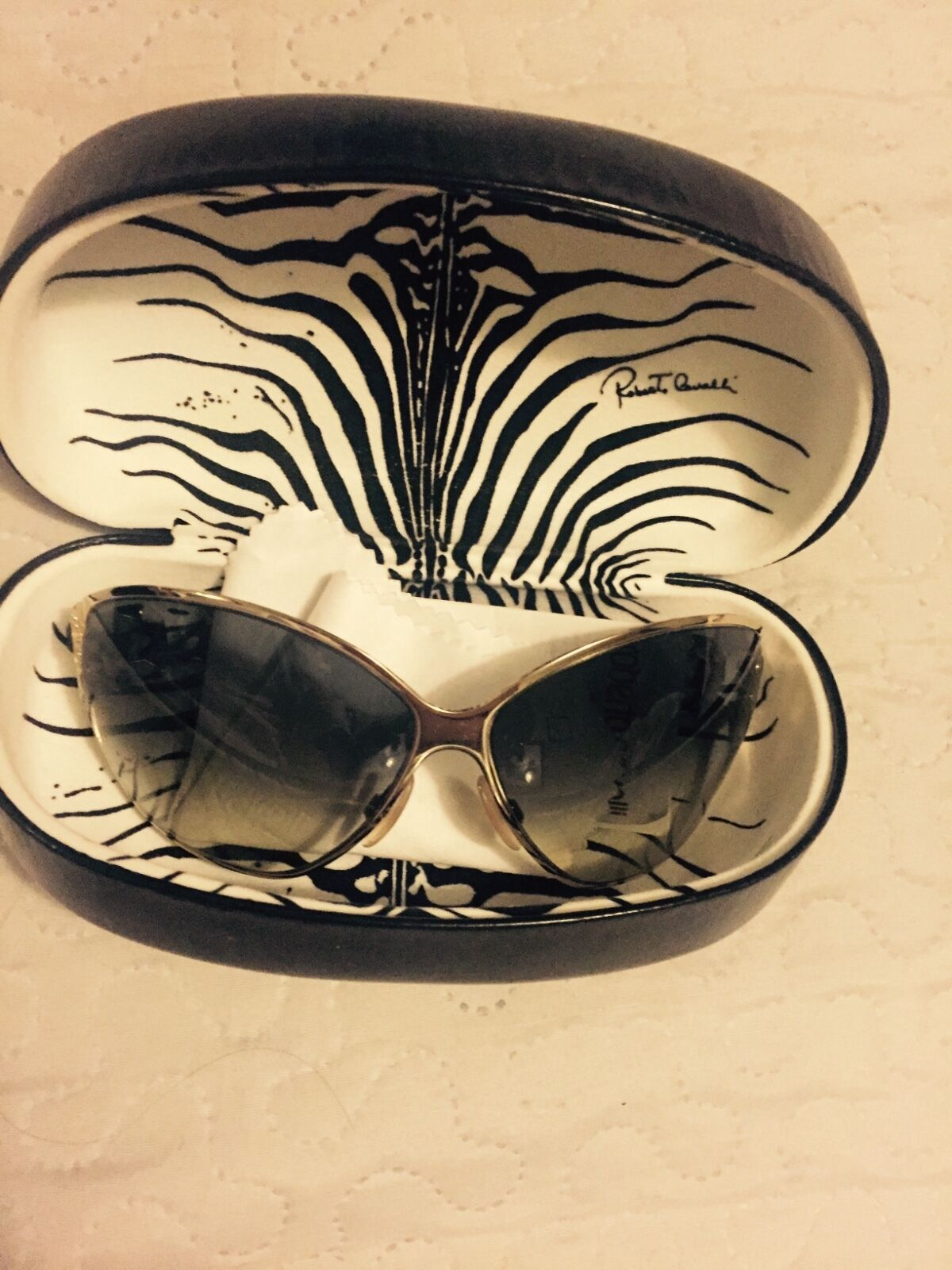 100% cavalli sunglasses snake skin (special edition great condition worn once