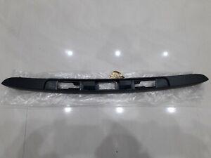 RENAULT MEGANE LAGUNA II TAILGATE BUFFER TAILGATE STOP BRAND NEW 7700838501