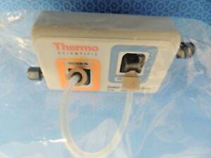 Nuevo-Termo-062983-Dionex-CRD-200-Carbonato-Remocion-4mm-Dispositivo-CRD200-Para