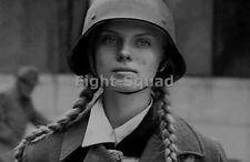WW2 Picture Photo Young women of Bund Deutscher Mädel League of German Girl 2926