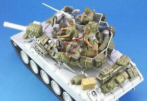 Legend-1-35-M551-Sheridan-Tank-Stowage-and-Accessories-Set-in-Vietnam-War-LF1104
