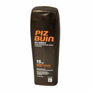 Piz-Buin-Allergy-Sun-Sensitive-Skin-Lotion-SPF-15-200ml