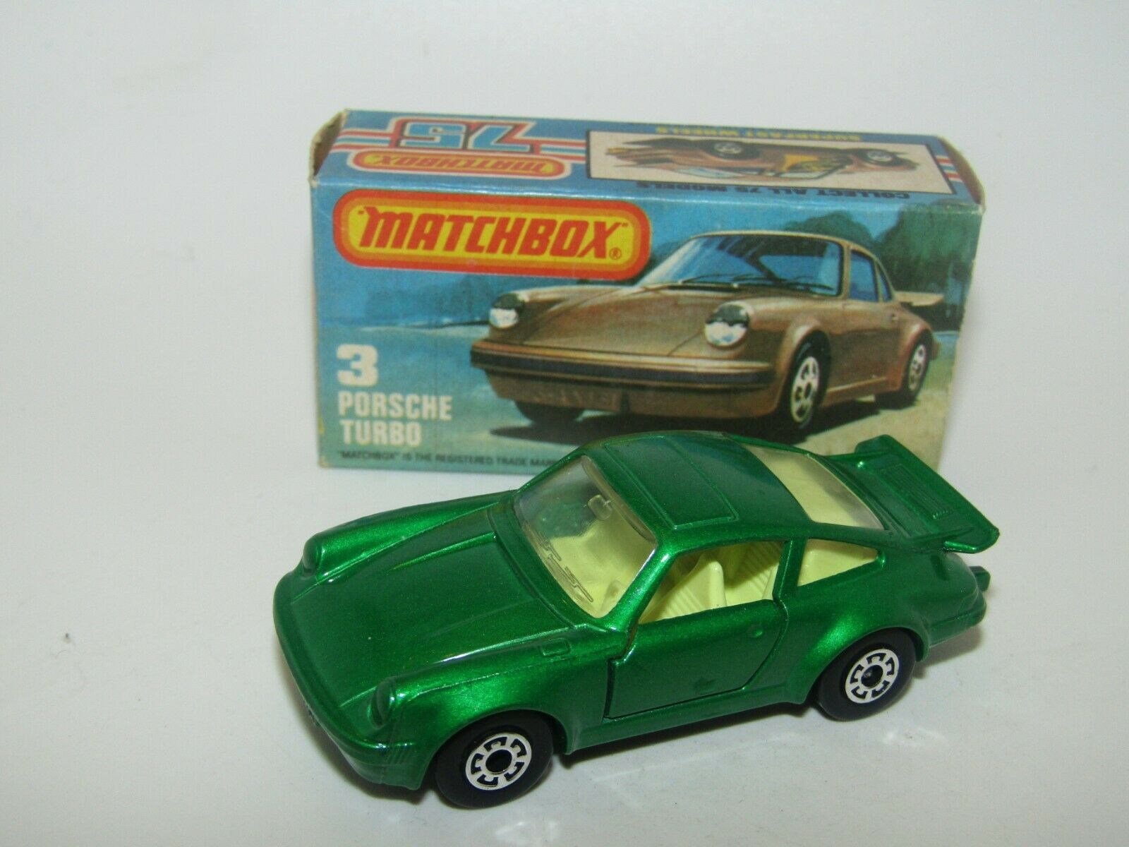 MatchBox Superfast No 3 Porsche Turbo Grün LEMON INTERIOR, grau Base MIB Rare