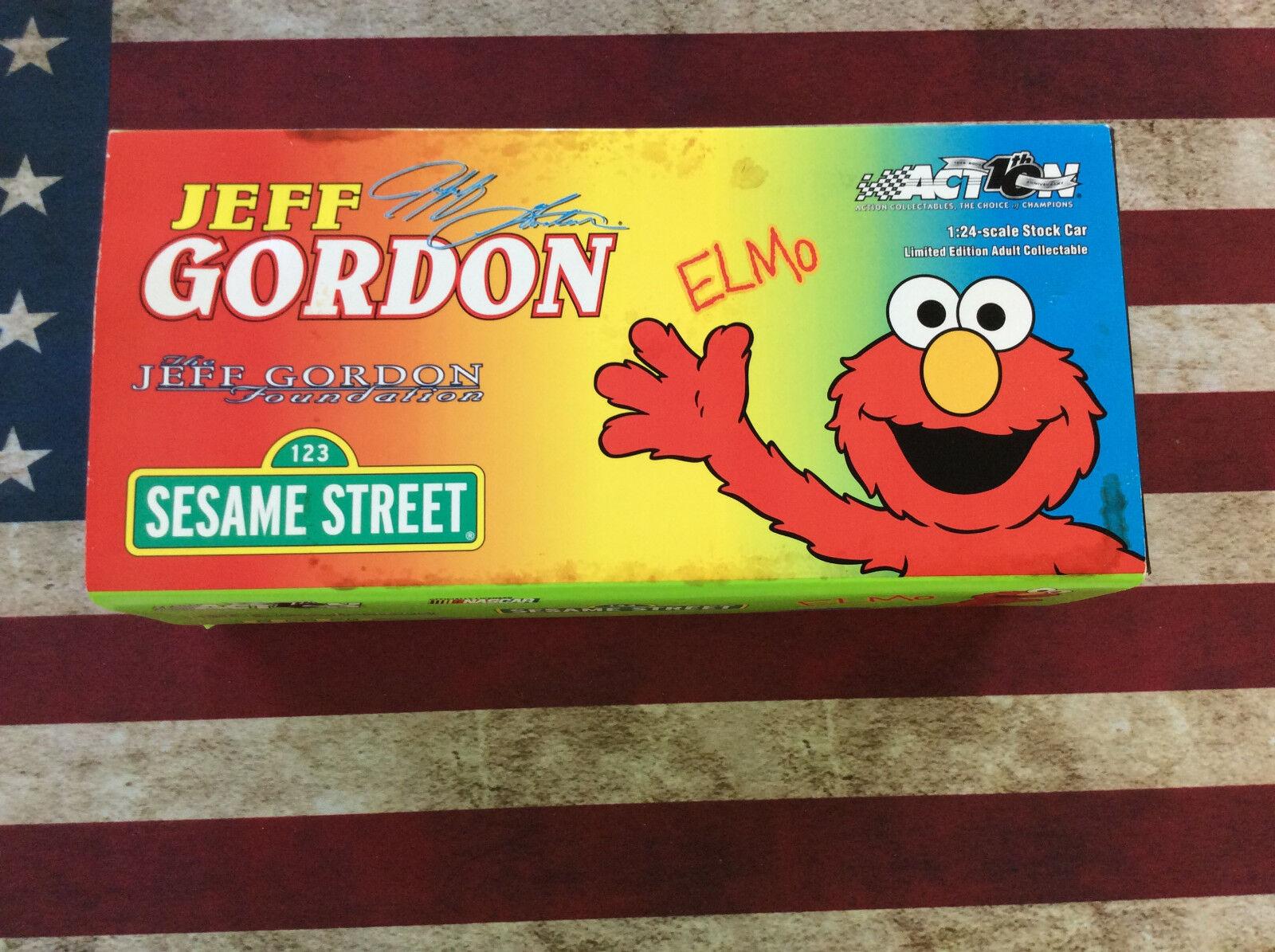 Jeff Gordon Foundation Sesame Street Elmo 1 24 Signed Action car autographed