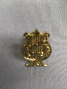 MUSIC-choir-award-pin-chenille-varsity-jacket-gold-lapel-award