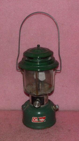 Vintage Coleman Lantern Model 220H.