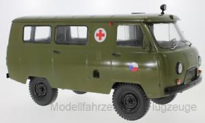 47073 uaz 452a ambulance (3962), cz army, 1 18 premium classixxs