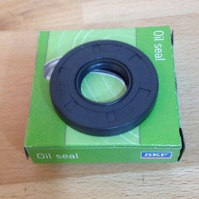 Supercharger Drive Snout Oil Seal 47mm and Eaton small OEM new coupler