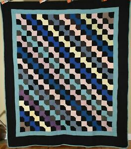 OUTSTANDING Vintage 1920's Holmes County, OH Amish Quilt ~Nice Black Background!