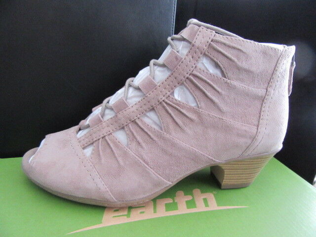 New Earth Aurora, Tape Suede, Lace up, Size 9 M