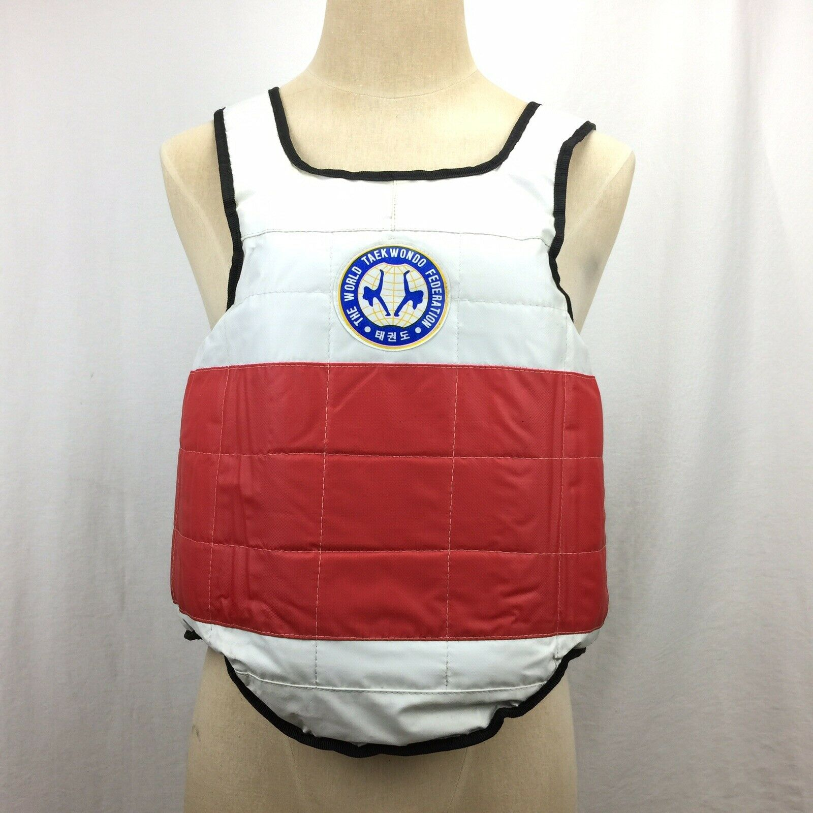 Taekwondo Chest Belly Predector Sparring Pad Size M Reversible Red bluee