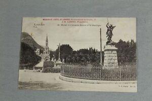 AK-Lourdes-St-Michel-le-Calvaire-Breton-et-la-Basilique-gelaufen-1906-138
