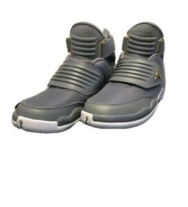 Size 10 Cool Grey Basketball Shoes