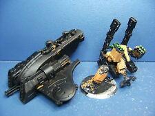 XV88 Koloss Kampfanzug + Piranha der Tau