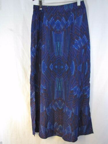 100/% Polyester Size M Mossimo Printed  Multi-Color Maxi Skirt