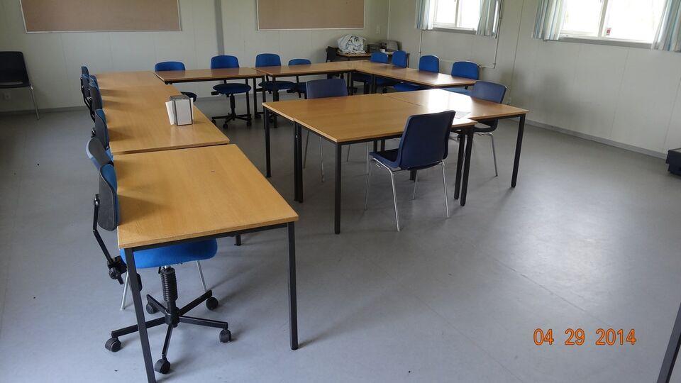 Skolebord Labofa og 2 stole - pris pr. sæt