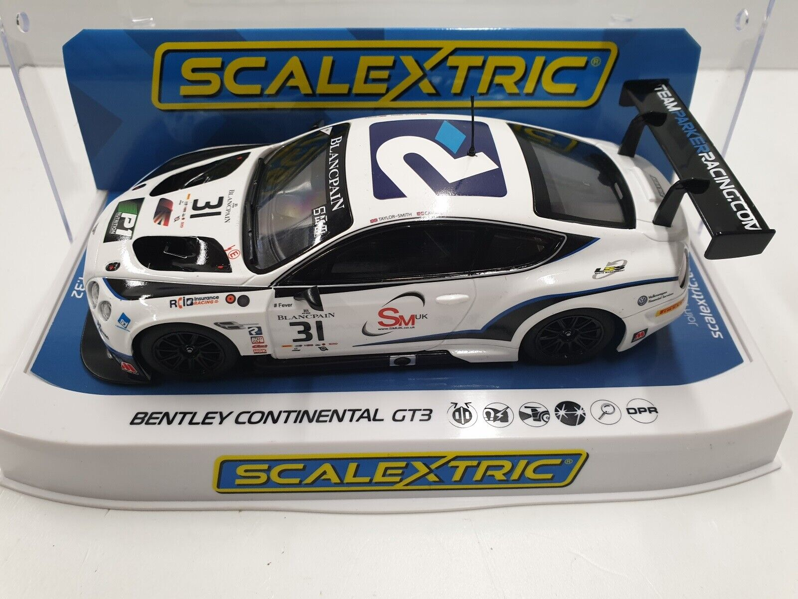 Scalextric 1 3 2 Bentley Continental GT3 Parker Racing Nr. 31 HD C4024
