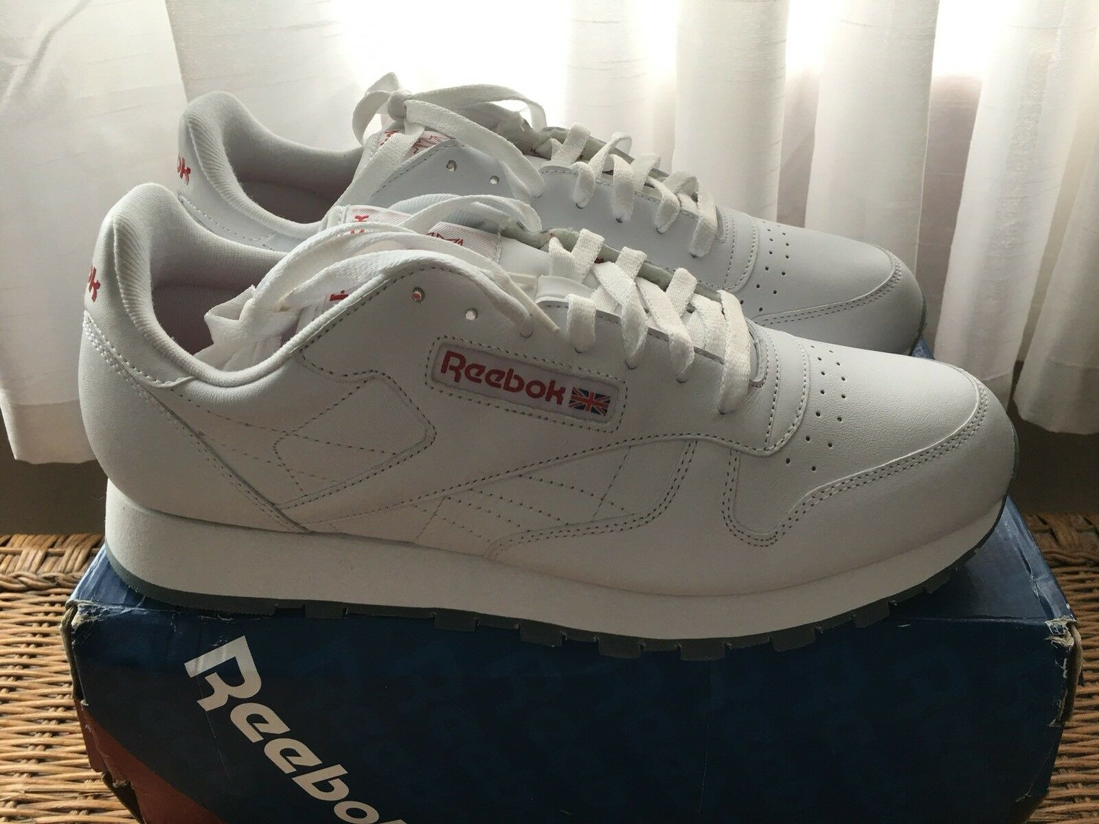 Uomo Reebok Classic Pelle Ice White/Red Clear Sole Size 11.5  New In Box