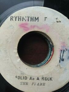 I-Roy-The-Flames-War-Zone-Solid-As-A-Rock-7-034-Vinyl-Single-ROOTS-REGGAE