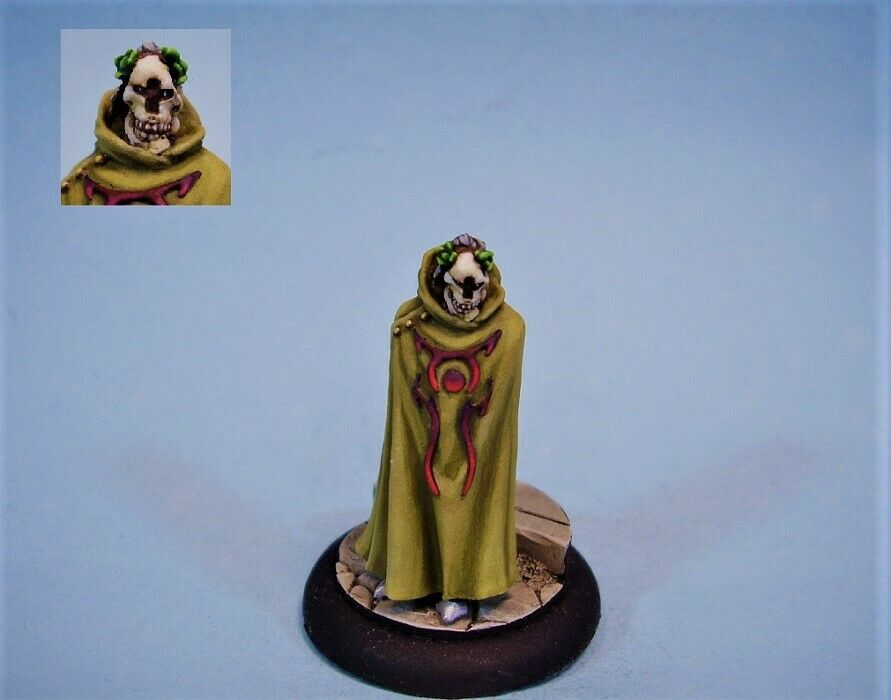 Confronation painted miniature Lord in mask