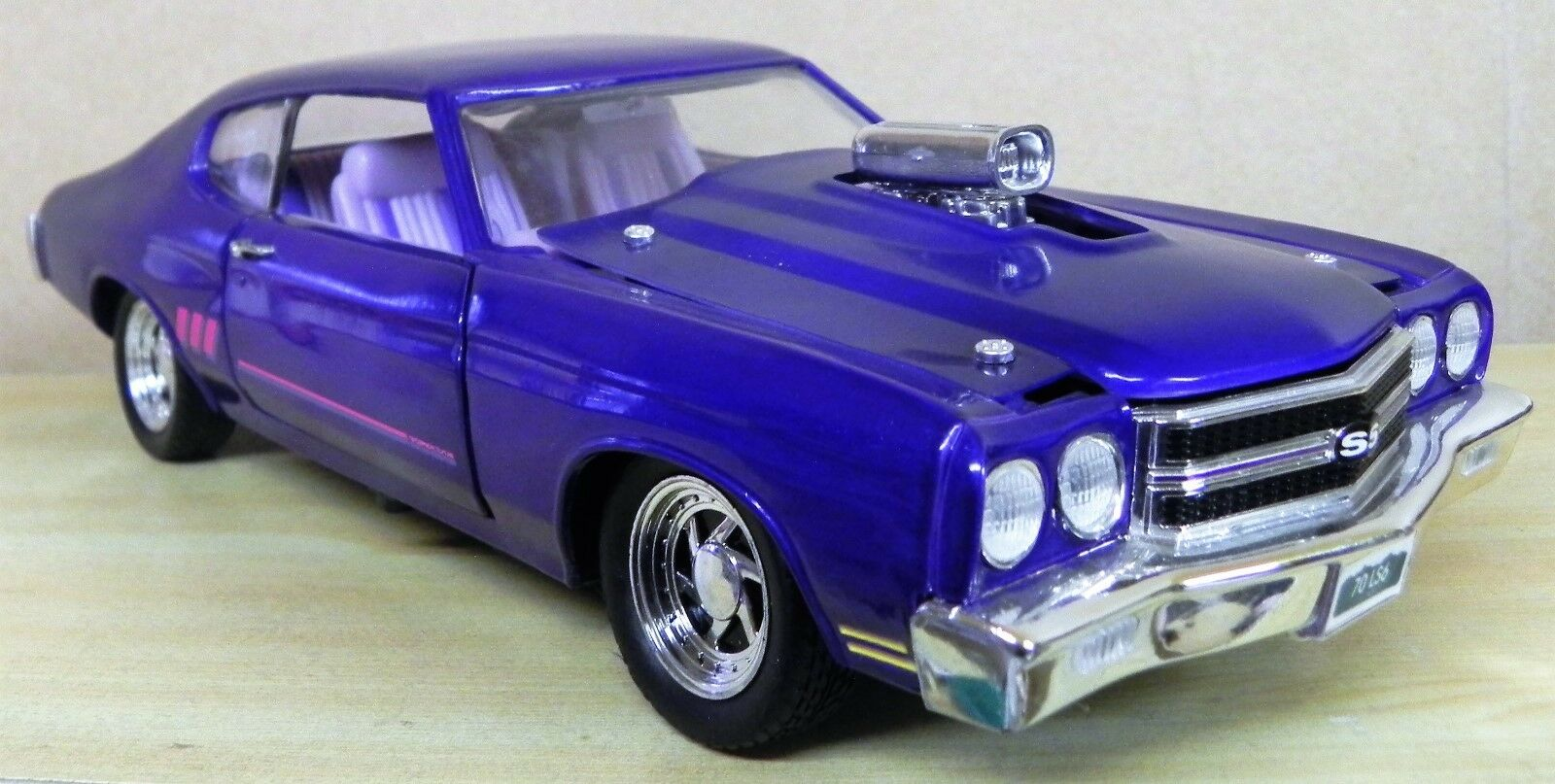 - 1 18 - Chevrolet Chevelle SS 1970 - Tuning - Mauve - ERTL   Rare