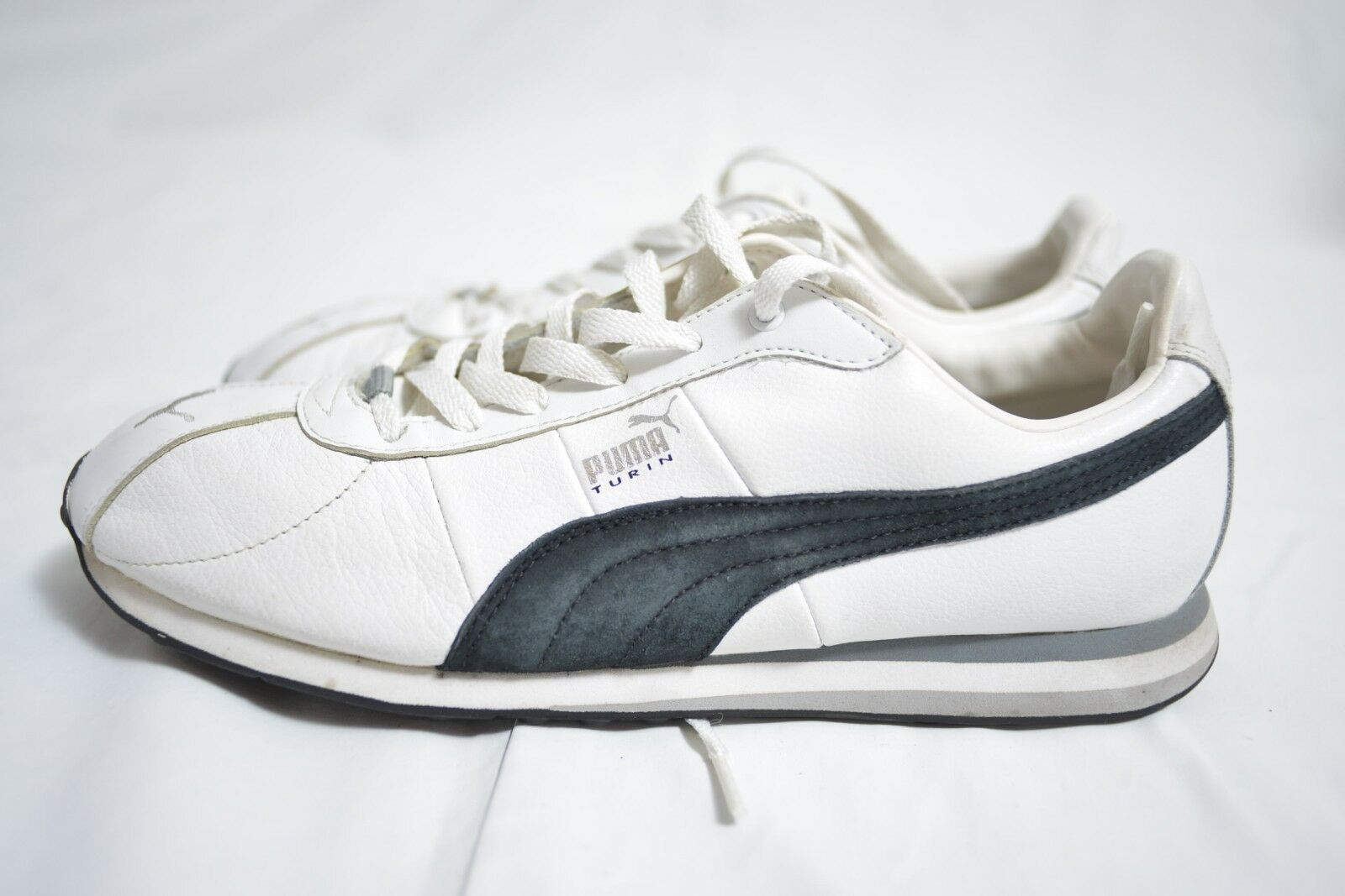 Puma Turin Men's White Athletic shoes Size 9.5 White and Black
