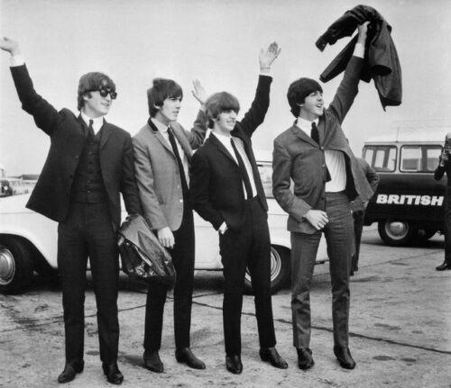 5404 JOHN LENNON /& RINGO STARR UNSIGNED PHOTO THE BEATLES