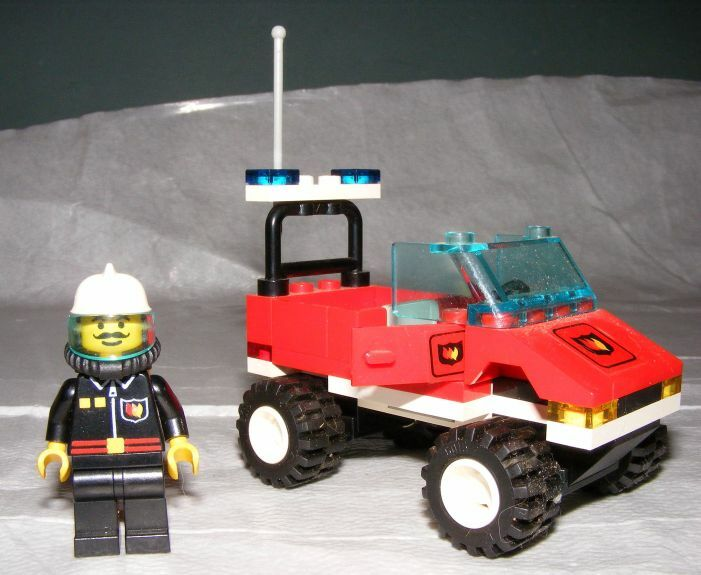 1995 LEGO Town Blaze Commander Fire Cheif's Car COMPLETE with Manual
