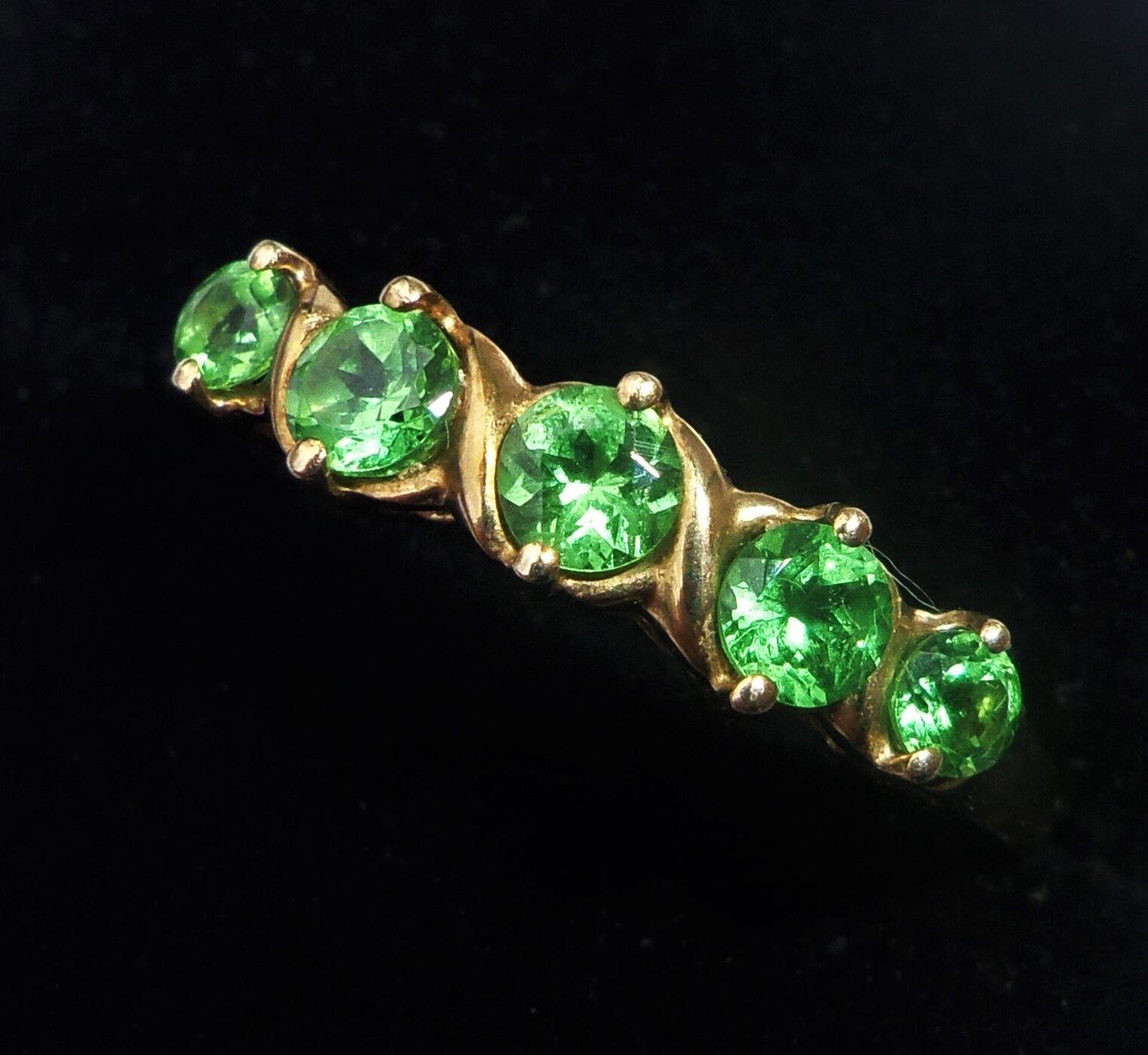 9ct gold Green Gemstone Half eternity Ring, Size O, US 7