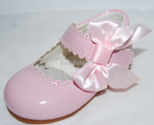 Baby /& Girls Pretty Spanish Style Patent Bow Walking Shoes UK Infant 3-10