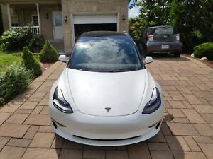 2021 Tesla Model 3 -