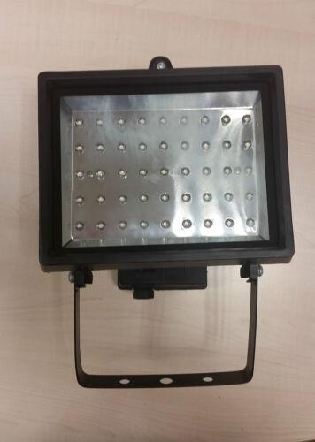 FLED50A IP44 Flood light with 45 LED/'s 3 watt 230volt 245 lumens