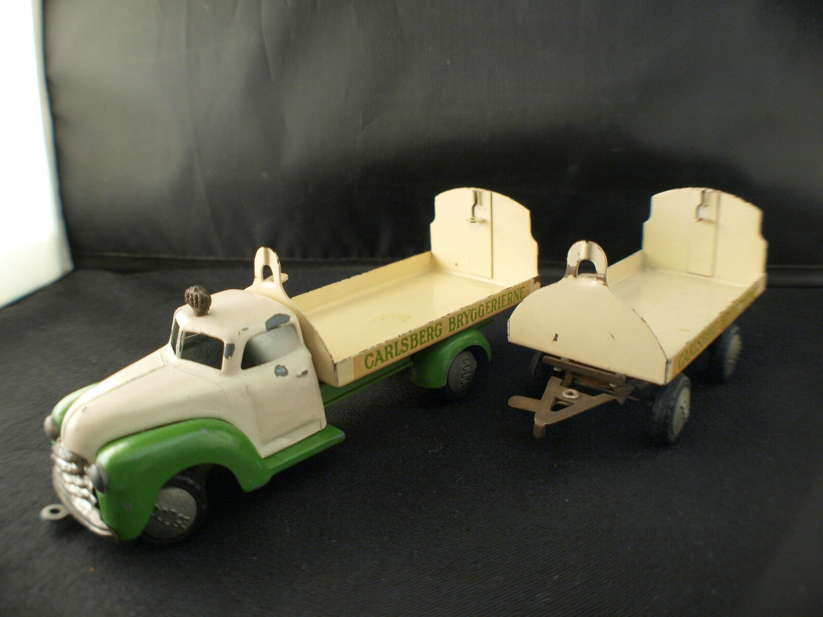 Tekno No. 743 Dodge Plateau Brewer Carlsberg Bryggerierne with Trailer Rare