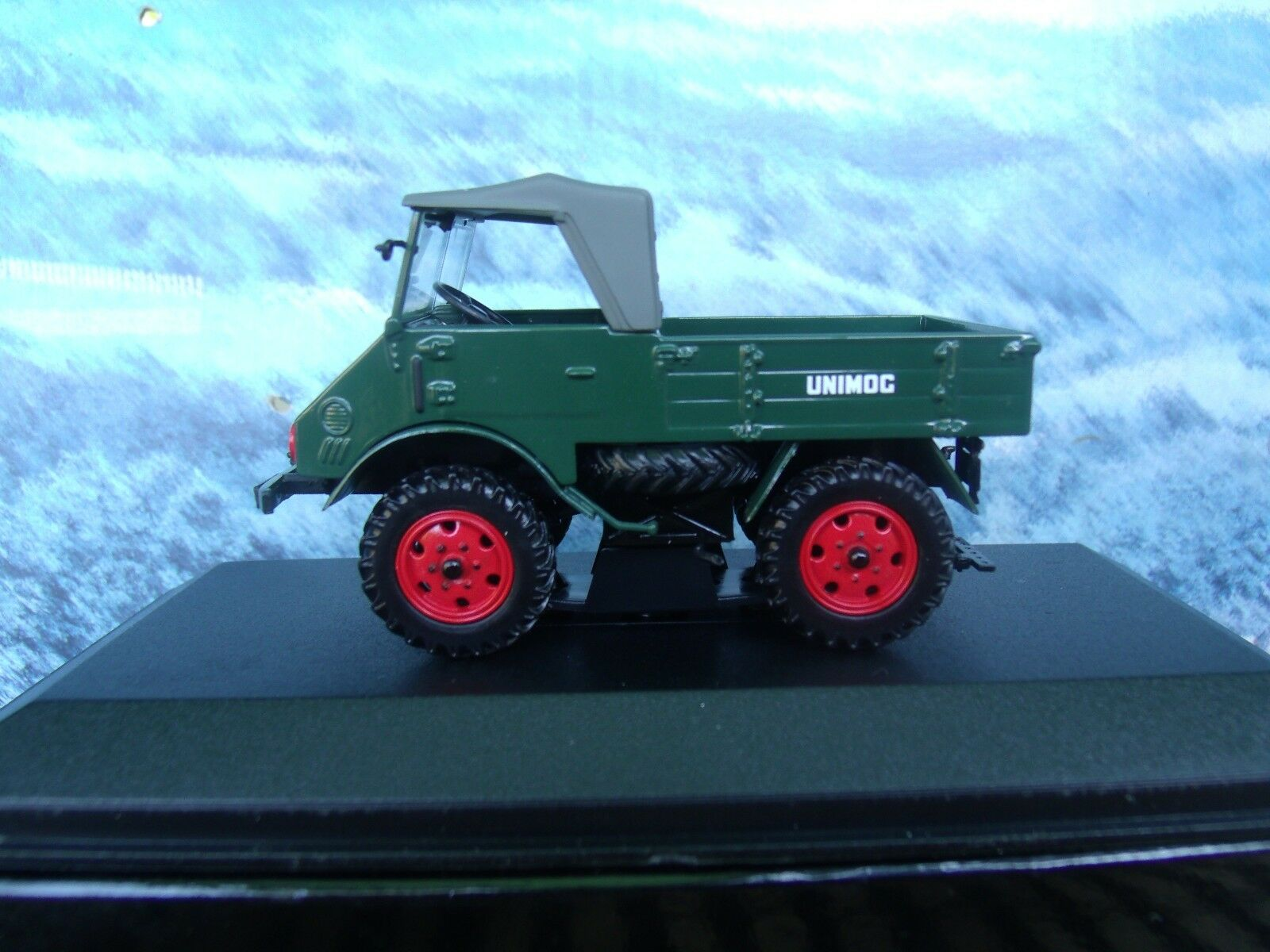 1 43  Minichamps Mercedes-Benz Unimog 70200 1949 1 of 2016