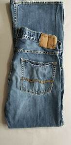 AMERICAN EAGLE AEO Men Low Rise Boot 100% Cotton Denim Jean - 31x32 Medium Blue