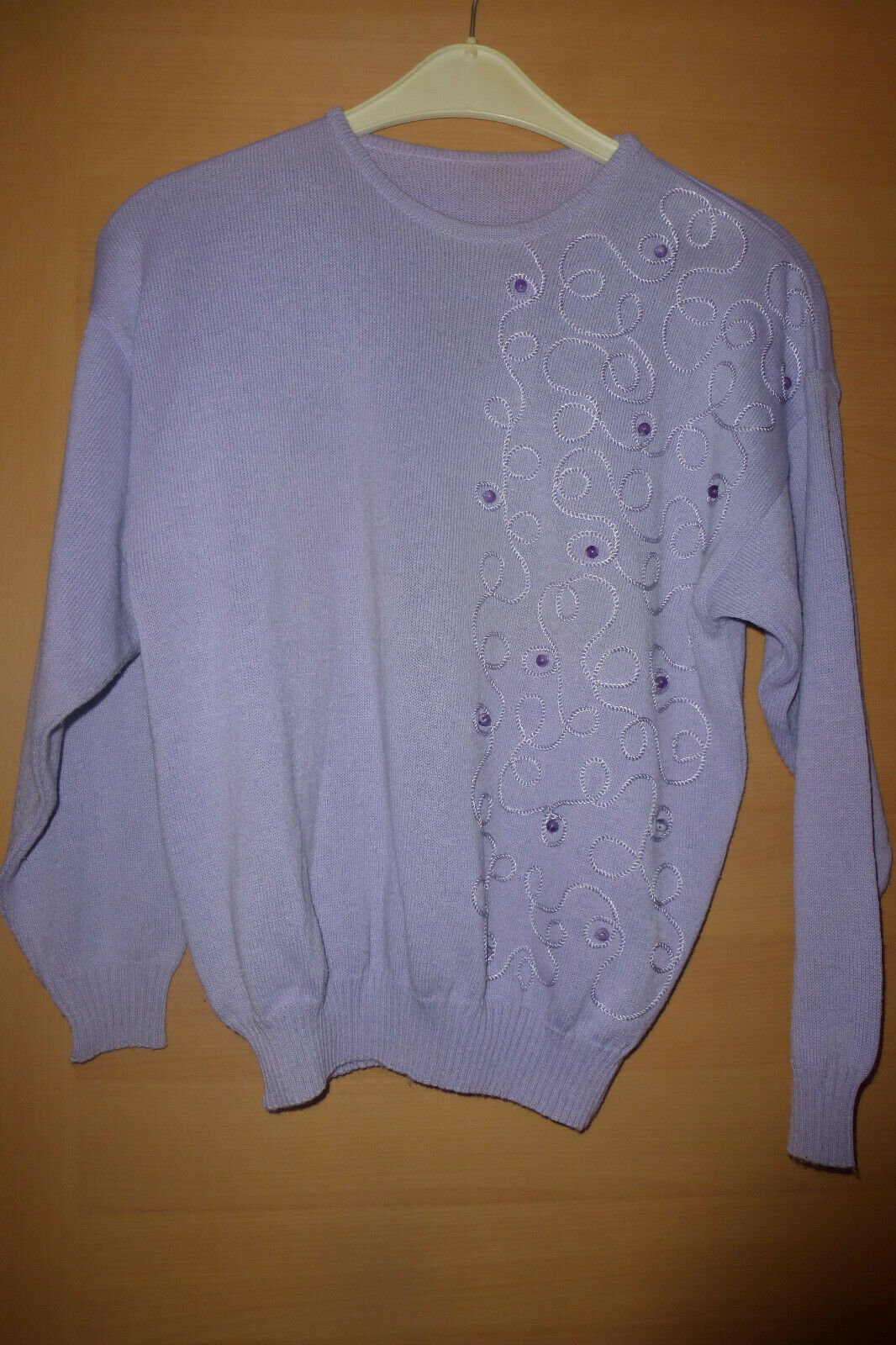 Damenbekleidung Gr.42: Kostüm, beige + helllila Feinstrick-Pullover