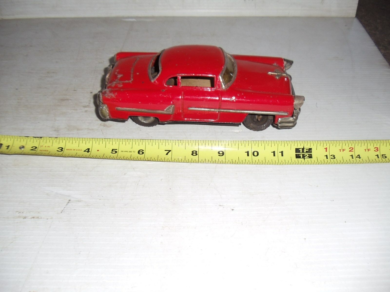 OLD VINTAGE TIN TOY CAR FRICTION PUSH POWER RED CADILLAC JAPAN