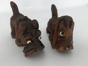 ANTIQUE-c-1920-PRIMITIVE-FOLK-ART-CARVED-WOOD-CARVING-Pair-Scottish-Dogs