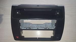Abdeckung-Mitte-Rahmen-Mittelkonsole-Radioschacht-Einbaurahmen-VW-Passat-B5