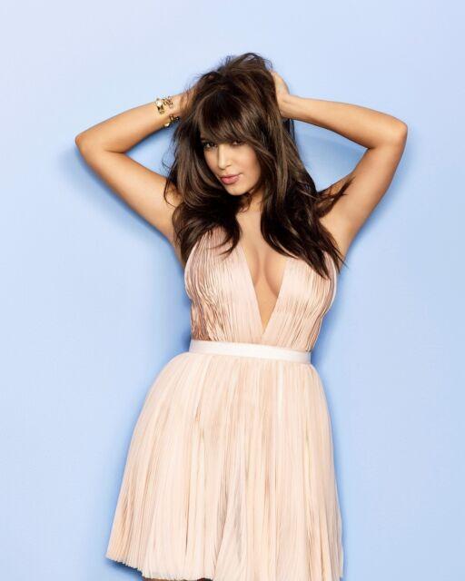 Kim Kardashian 8x10 Sexy Glossy Photo #39