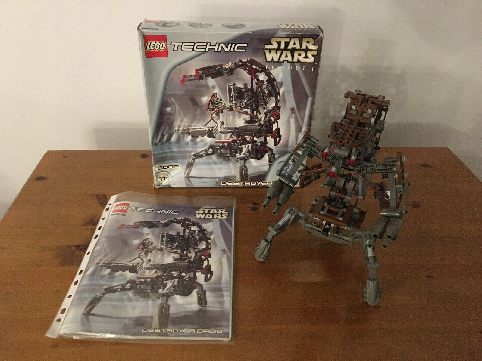 Star Wars Lego 8002  Destroyer Droid 100% Complete & Boxed