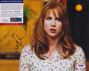 PSA-DNA-SIGNED-8X10-PHOTO-LUCY-PUNCH-P3098