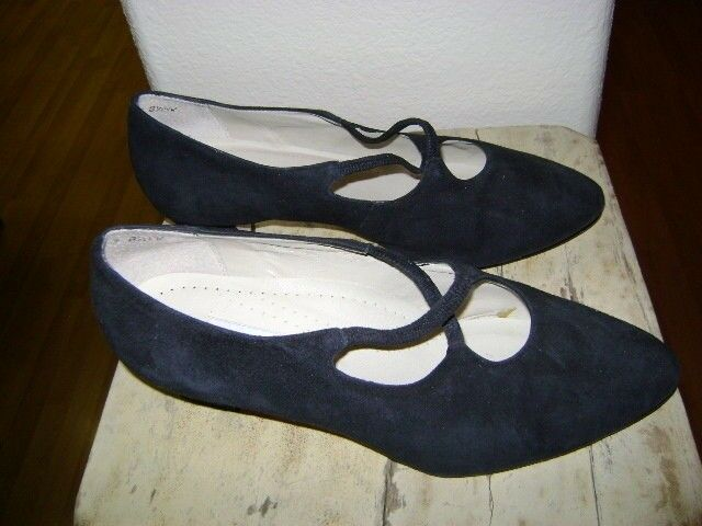 TROTTERS MAGGIE NAVY SOFT COMFORT LOW HEEL  8.5 WW  EXTRA WIDE