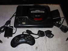 Vintage Sega Genisis 16 Bit w' controler, adapter, Power. Parts or repair