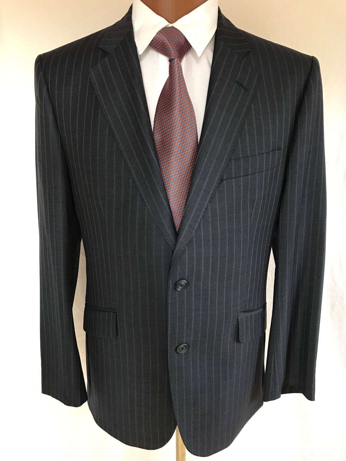 Magee Smart Men's Pure new wool Suit Size 42